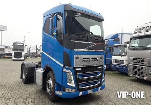 VOLVO TRUCK FH13 460