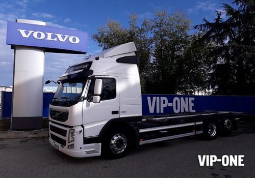 VOLVO TRUCK FM11 330